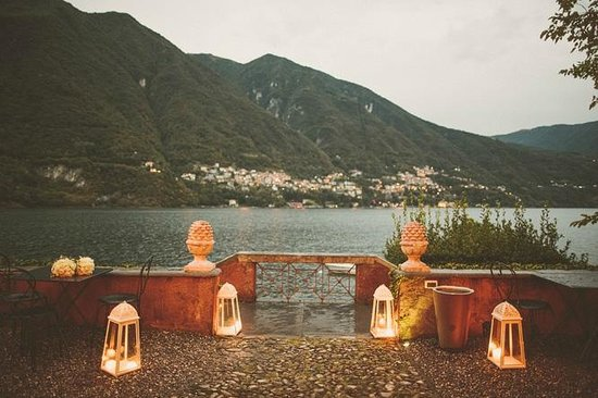 lake como venue 2 views